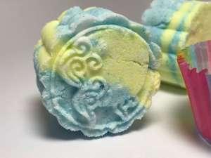 Fresh Linen Bath Bomb - Close-Up