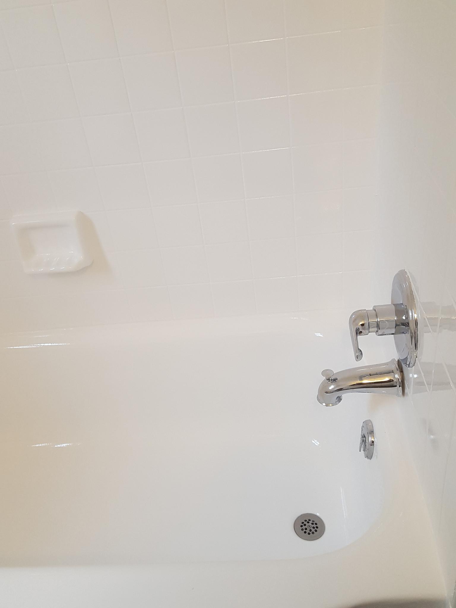 bathtub refinishing bathtub reglazing