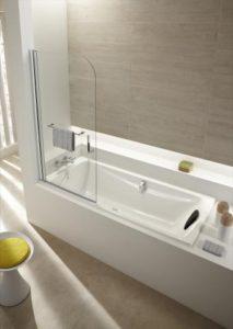baignoire qui s ouvre affordable petite salle de bains avec baignoire douche u ides sympas with. Black Bedroom Furniture Sets. Home Design Ideas