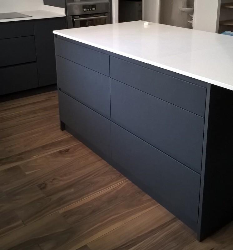 exemple meubles finition mat noir cuisine design 77