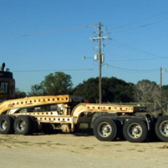 Mack Haul truck with Trail King 50 ton low-boy