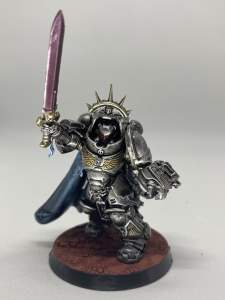 Primaris Captain in Gravis Armour