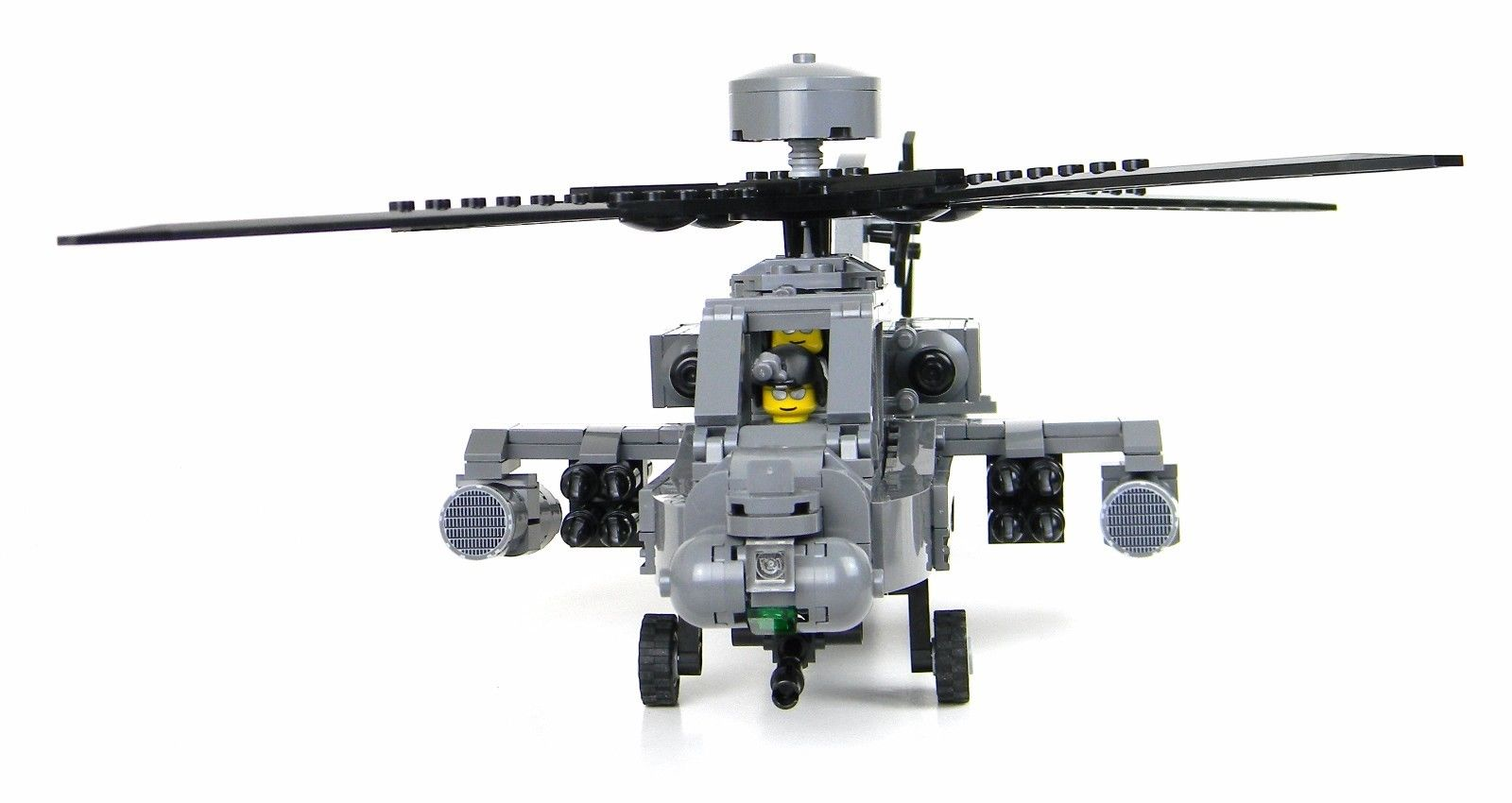 AH-64 Apache Attack Helicopter Made With Real LEGO® Bricks