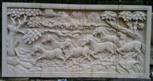 Relief Motif Kuda