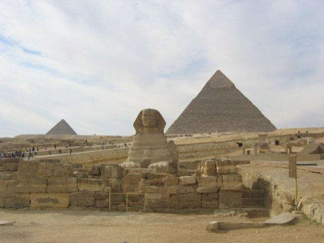 Sphinx & Pyramids