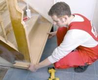 Treppensanierung: Stufen aus Holz aufarbeiten - bauen.de