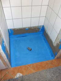 Fliesensanierung einer Duschnische, Sanierungen im ...