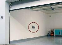 Automatik-Garagentor kommt ohne Anschluss an's Stromnetz ...
