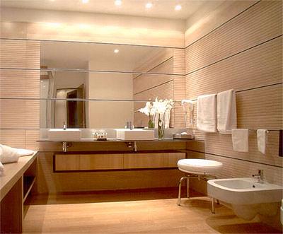 Holzboden fr die WellnessOase  Parkett im Badezimmer als Badezimmerboden
