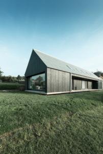 Einfamilienhaus im Saarland  Schwebende Scheune