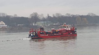Mainz Fire Boat dropping off swimmers approximately 2 kilometers from shore