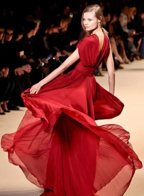 Şık Kırmızı Elbise Modelleri