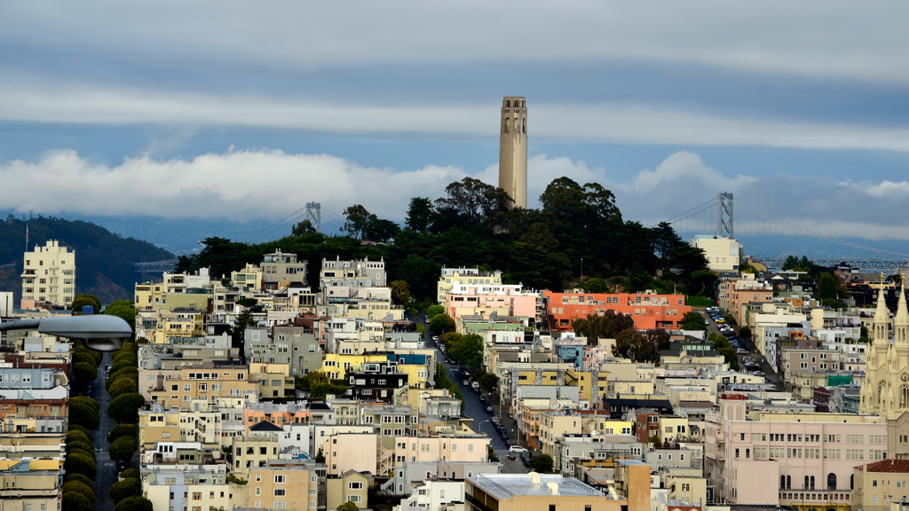 Pioneer Park is the premier viewpoint for Coit Tower.