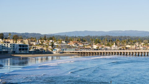 An Hour-by-Hour Guide to a Day in Santa Cruz