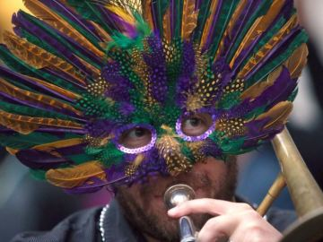 Mardi Gras 2019: Where to celebrate, eat in the Bay Area