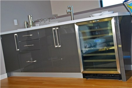 BVista bar grey high gloss