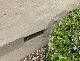 Bulging out wall