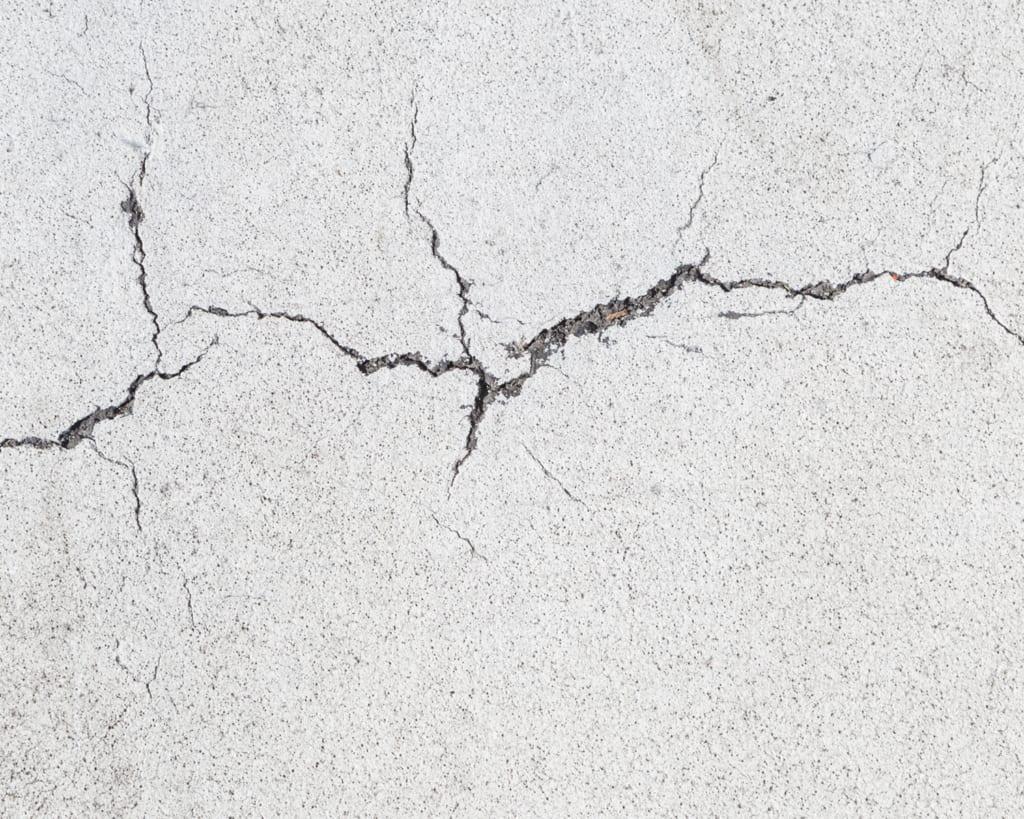 cracked concrete slab