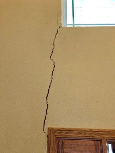 Vertical Crack