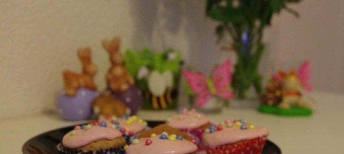 Schoggi-Cupcakes mit Erdbeer Topping