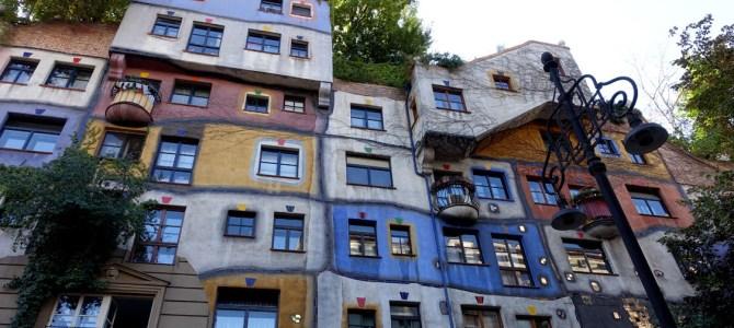 Aus einer anderen Welt: ein Besuch beim Hundertwasserhaus und am Naschmarkt in Wien