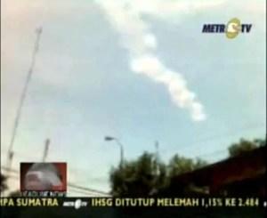 Asterioid Explodiert über Indonesien