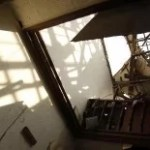 Update: Meteorit lies Haus in Jakarta explodieren