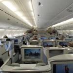 Blick in die Business Class von Emirates im A380 Foto: Tobias Groos