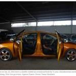 Zwei Front Auto von Behörden beschlagnahmt