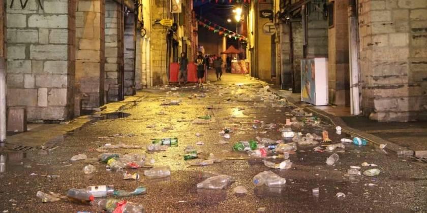 Source Sud-Ouest https://www.sudouest.fr/2019/08/01/videos-fetes-de-bayonne-un-blogueur-du-pays-basque-denonce-les-festayres-pollueurs-6403618-4018.php