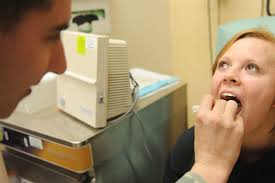 علاج فطريات الفم واللسان