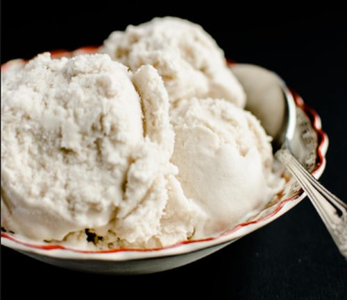 Advil pills allegedly found mixed with sealed ice cream