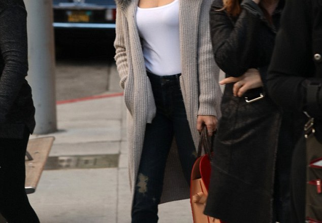 PHOTOS: Jennifer Lopez  out and about in Beverly Hills on last minute shopping X-Mas Trip