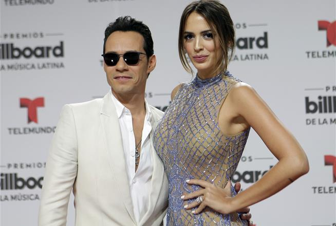 Marc Anthony to divorce wife after that J-Lo Kiss: Report