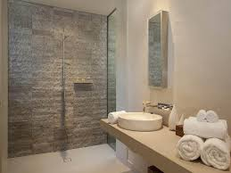 3 Helpful Bathroom Renovation Tips That Will Save You Money