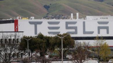 Tesla engineers show ventilator prototype on YouTube 28