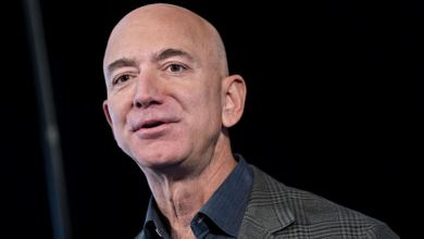 Photo of Jeff Bezos Adds Record $13 Billion in Single Day to Fortune