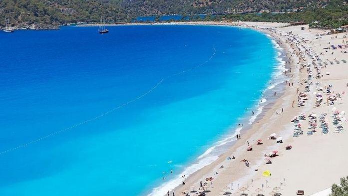 Turkey's Antalya hosts over 1.5M tourists in first half of 2021 1