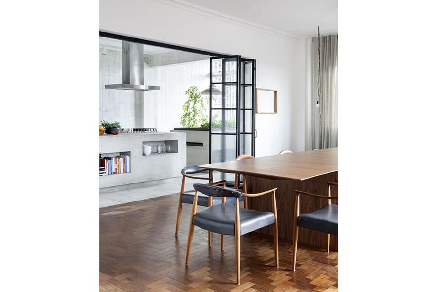 separazione cucina con vetrata