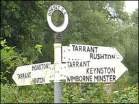 https://i0.wp.com/www.bbc.co.uk/dorset/content/images/2006/12/29/tarrant_sign_203x152.jpg