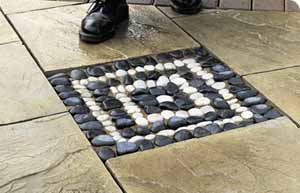 Make a pebble mosaic make mine mosaic for Bbc garden designs