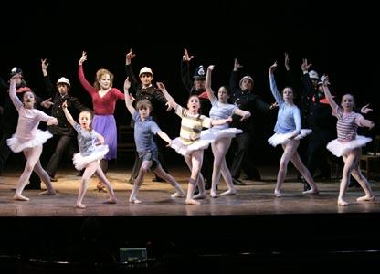 Billy Elliot cast (photo: David Scheinmann)