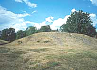 Photo of burial mounds at Gamle Uppsala