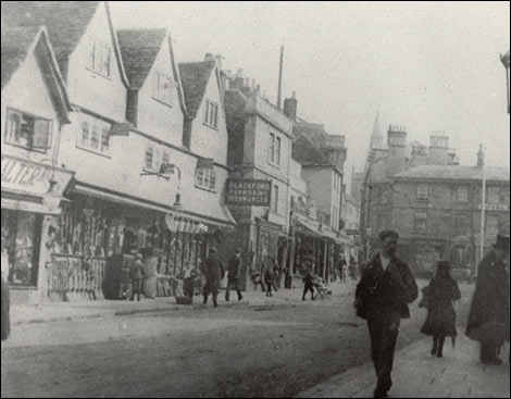 BBC  Wiltshire  History  Historic Chippenham photos