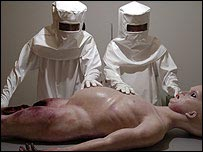 scene from the Alien Autopsy