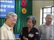 Ông Nguyễn Phú Trọng trong một lần gặp cử tri Hà Nội