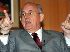 O ministro da Defesa, Nelson Jobim ( Foto: José Cruz/ABr, 11/6)