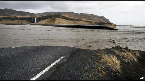 Abu gunung berapi Islandia