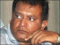 விடுதலைப்புலிகள் அமைப்பின் தலைவர் வே. பிரபாகரன்