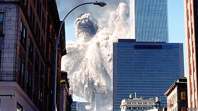 Tháp Nam sụp đổ